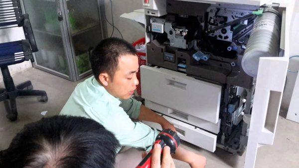 sua-chua-bao-tri-may-photocopy-tan-noi-600x338  mayphotocopy